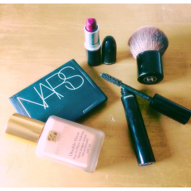 makeup,mac,chanel,esteelauder,rebelle,rebel,color,redlips,gloss,fonddeteint,perfect,luxembourg,blogmode,bloggeuse