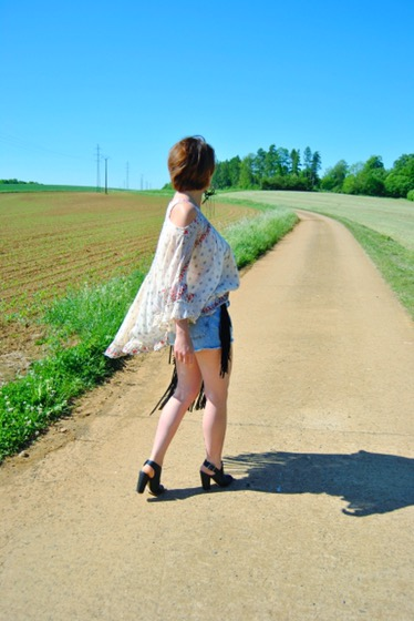 look,boheme,laraethnics,pullandbear,belgianblogger,fashionblog,fashion,luxembourg,belgium,frenchblogger,streetstyle,look,summer,coachella,sun,tendance,été,frange,style